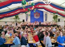 Harmonie beim Bergfest in Fürstenberg