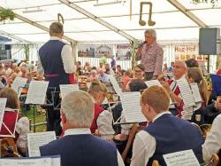 Harmonie beim Schlachtfest in Neuhausen_1
